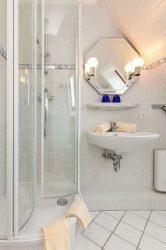 Das Duschbad mit moderner Ausstattung