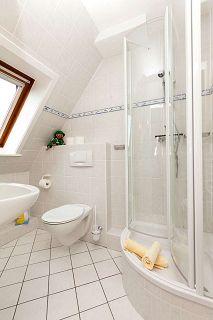 Das helle und moderne Bad